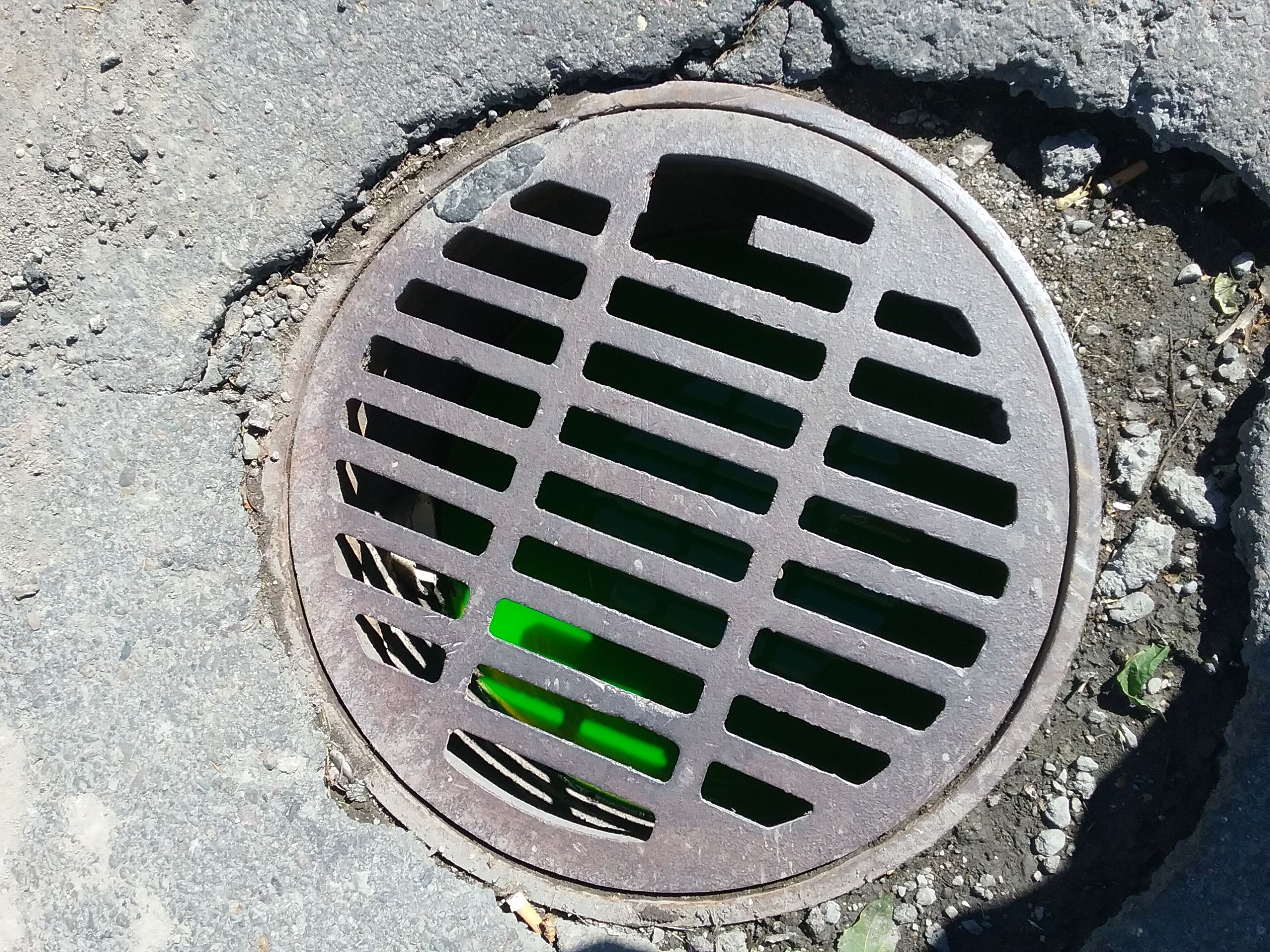 Green dye test in storm manhole
